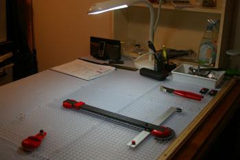 glass cutting work area