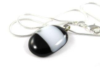 Black White Pendant