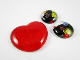Red Heart Cabochon
