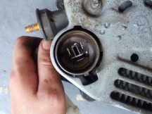 Toyota alternator 3 prong plug
