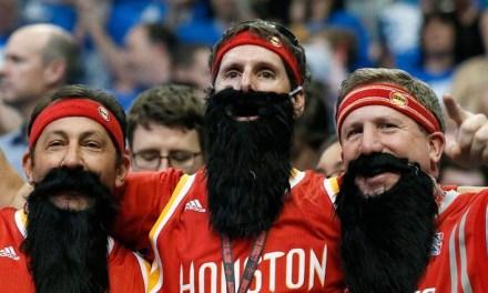 Le restaurant des Curry débarque à Houston : les fans des Rockets troll et sabotent leur business