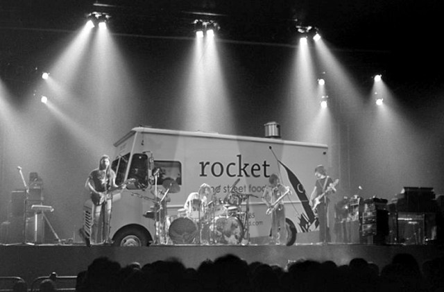 rocket with pink floyd