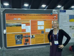 Elaine Smid - Presenting at scientific conferences.