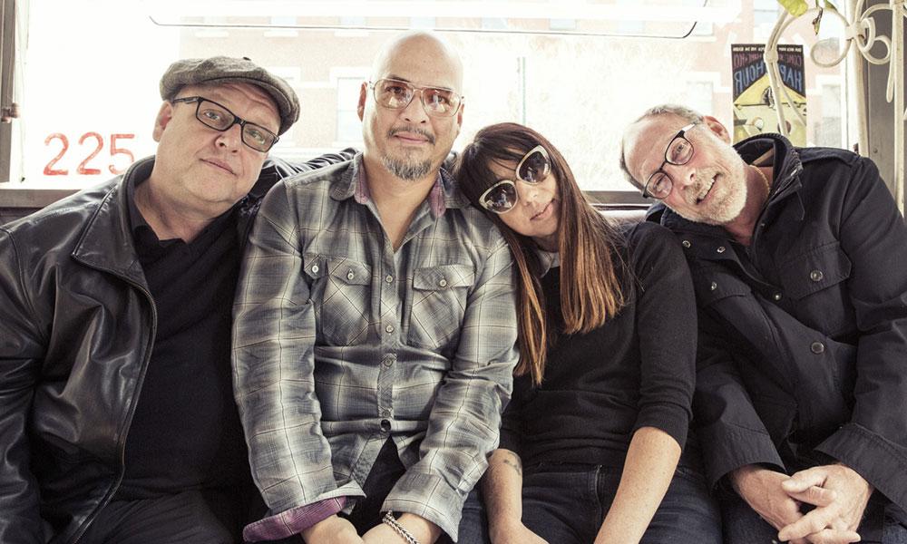 Pixies в обновленном составе (фото)