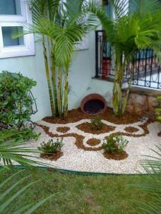 Beautiful Garden Landscaping Design Ideas 18