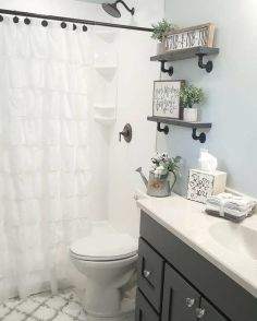 Rustic farmhouse style bathroom design ideas 13