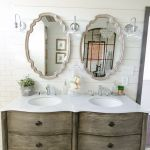 Rustic farmhouse style bathroom design ideas 29