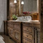 Rustic farmhouse style bathroom design ideas 58
