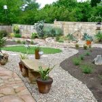 Texas Style Front Yard Landscaping Ideas 42