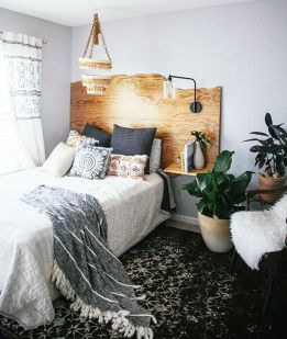 Inspiring Simple And Comfortable Bedroom Design and Layout 32