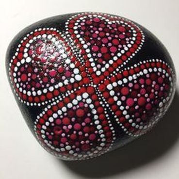 Creative diy painting rock for valentine decoration ideas 6
