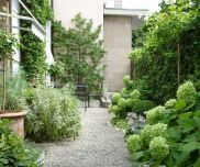 Small courtyard garden with seating area design and layout 110