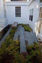 Small courtyard garden with seating area design and layout 119