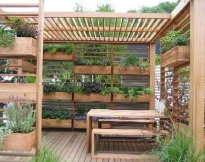 Small courtyard garden with seating area design and layout 20