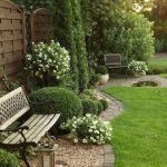 Small courtyard garden with seating area design and layout 21