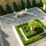 Small courtyard garden with seating area design and layout 42