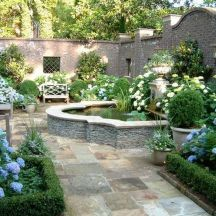Small courtyard garden with seating area design and layout 78