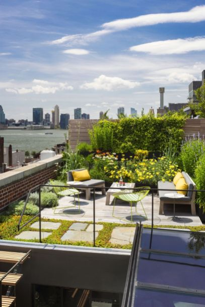 Amazing Rooftop Porch and Balcony Inspirations 44