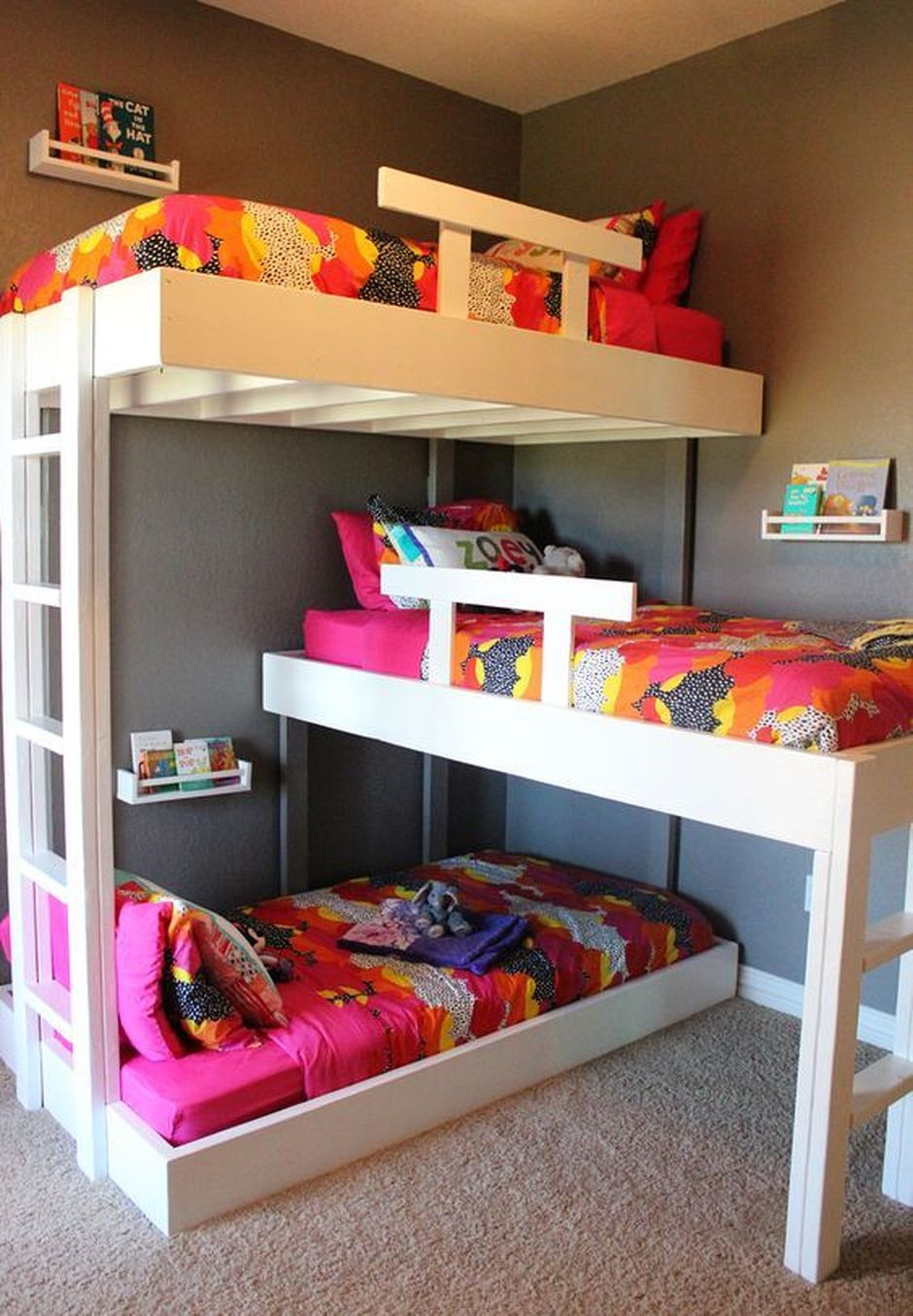 Cool Loft Bed Design Ideas for Small Room 2