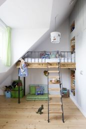 Cool Loft Bed Design Ideas for Small Room 42
