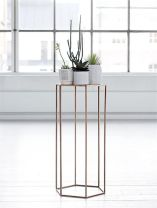 Cool Plant Stand Design Ideas for Indoor Houseplant 57
