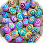Creative DIY Easter Painted Rock Ideas 67