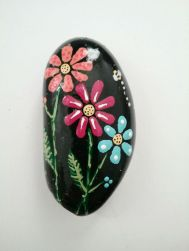 Creative DIY Easter Painted Rock Ideas 73