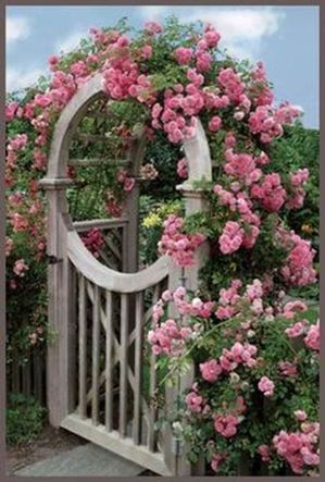 Fascinating Garden Gates and Fence Design Ideas 11