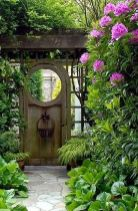 Fascinating Garden Gates and Fence Design Ideas 43