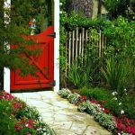 Fascinating Garden Gates and Fence Design Ideas 53