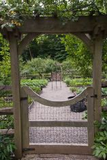 Fascinating Garden Gates and Fence Design Ideas 57