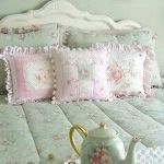 Lovely Romantic Bedroom Decorations for Couples 19