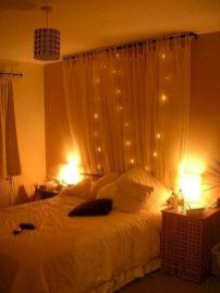 Lovely Romantic Bedroom Decorations for Couples 41