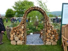 Stunning Creative DIY Garden Archway Design Ideas 56