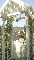 Stunning Creative DIY Garden Archway Design Ideas 6