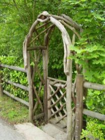 Stunning Creative DIY Garden Archway Design Ideas 9