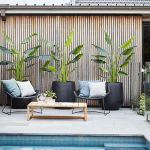 Stunning Outdoor Pool Landscaping Designs 105