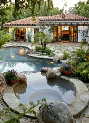Stunning Outdoor Pool Landscaping Designs 99