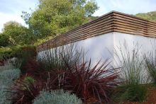 Stunning Privacy Fence Line Landscaping Ideas 2