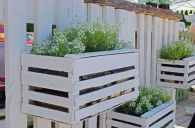 Stunning Privacy Fence Line Landscaping Ideas 40