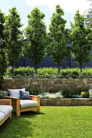 Stunning Privacy Fence Line Landscaping Ideas 60