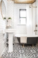 Vintage and Classic Bathroom Tile Design 10