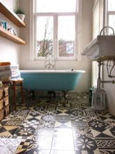Vintage and Classic Bathroom Tile Design 11