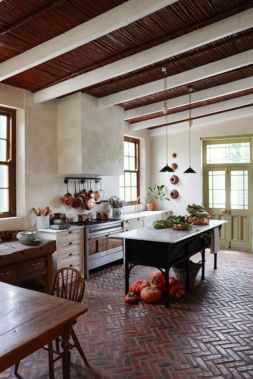 Amazing Brick Floor Kitchen Design Inspirations 23