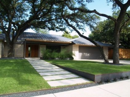 Modern and Contemporary Front Yard Landscaping Ideas 43