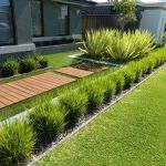 Modern and Contemporary Front Yard Landscaping Ideas 5