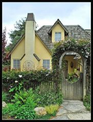 Wonderful European Cottage Exterior Design 69