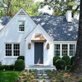 Wonderful European Cottage Exterior Design 89