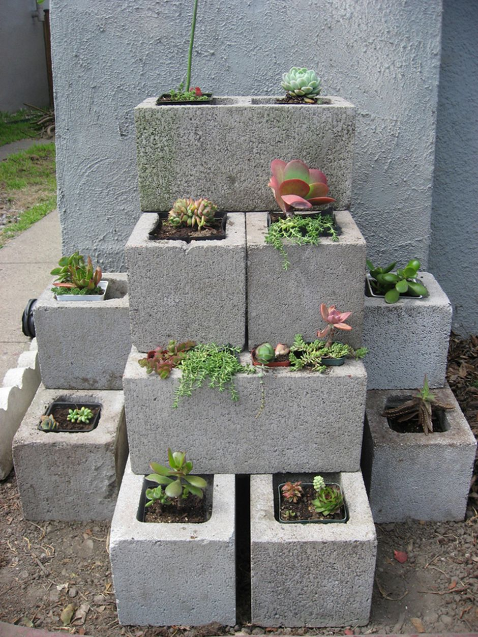 25 Simple Ideas to Make Cascading Garden Planter 3