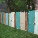Stunning Creative Fence Ideas for Your Home Yard 49
